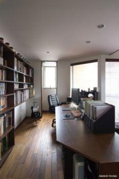 houseinlibrary011