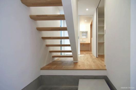 寝室と一体の階段室