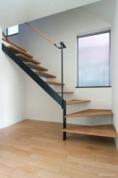 MapleHouse階段