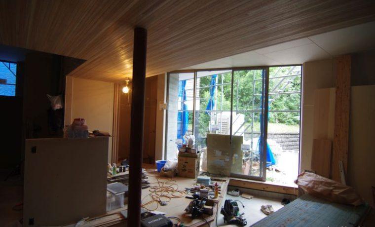 木漏れ日の家見えない防水