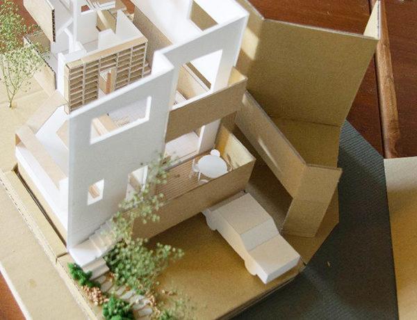木漏れ日の家模型