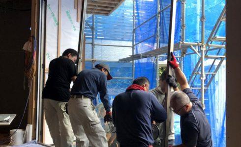 木漏れ日の家サッシ工事